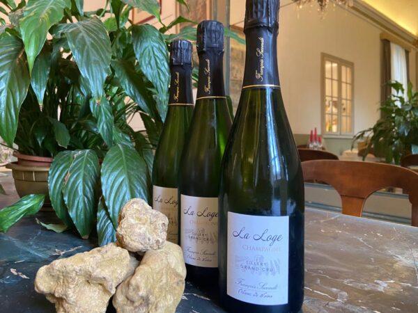champagne al ristorante accademia di Casale Monferrato